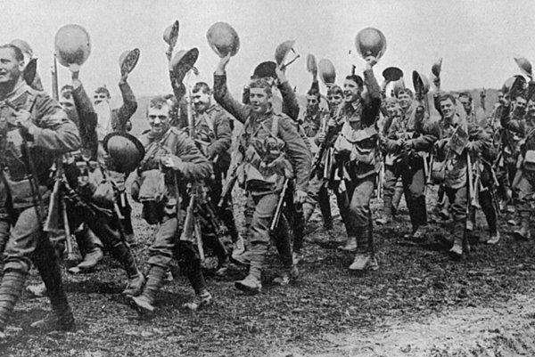 Osem mesiacov, od februára do decembra 1916, trvala najdlhšia bitka 1. svetovej vojny, bitka o Verdun. V tomto istom roku od júla do novembra trvala aj najkrvavejšia bitka 1. svetovej vojny pri francúzskej rieke Somme.