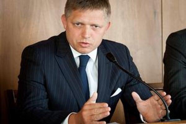 Podľa Fica premiérka nevie prijímať rozhodnutia, ani vyvodzovať zodpovednosť.