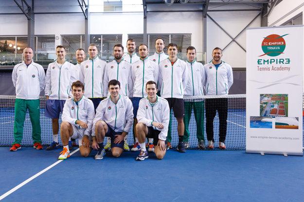 Mužský tím TC Empire s trénermi