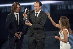 Carlos de La Cuesta preberá cenu Fair Play, ktorú získal kolumbijský klub tím Atlético Nacional.