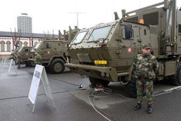 Komunikačné zariadenia Mokys sú tajné a ukryté aj za stenami obrnených transportérov.