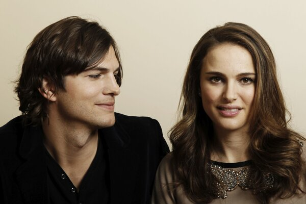 Ashton Kutcher a Natalie Portmanová.