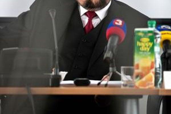 Štefan Harabin odmeňoval kolegov sudcov tisícmi eur aj päťdesiatkou.