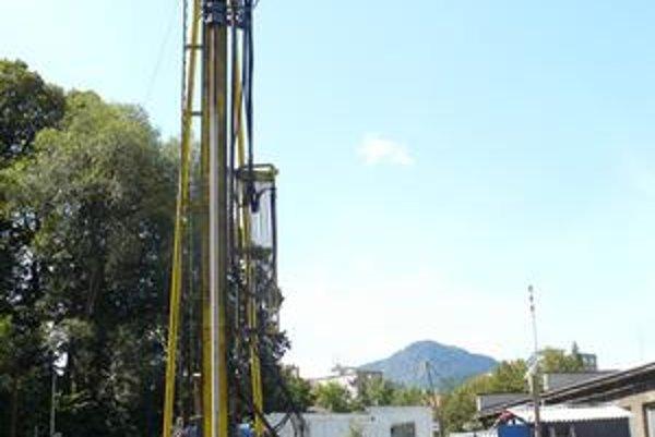 Geotermálny vrt v Handlovej odovzdali do užívania minulý rok.