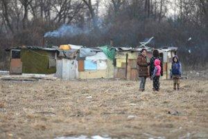 Za deväť dní vzali z rodín na východe Slovenska 40 detí pre nedostatok tepla