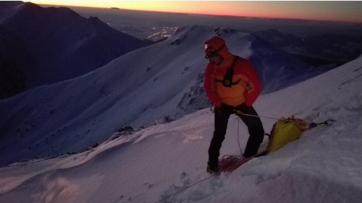 a09449f482 Skialpinista sa doráňal počas zjazdu z Kriváňa - SME