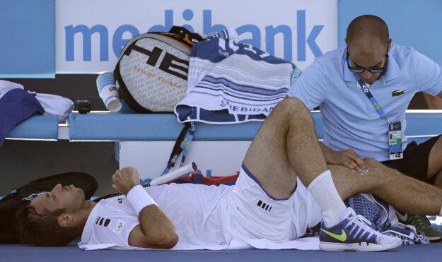 Radka Štěpánka museli počas zápasu ošetrovať.