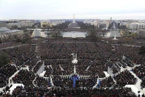 Inaugurácia prebieha na washingtonskom Capitol Hill.