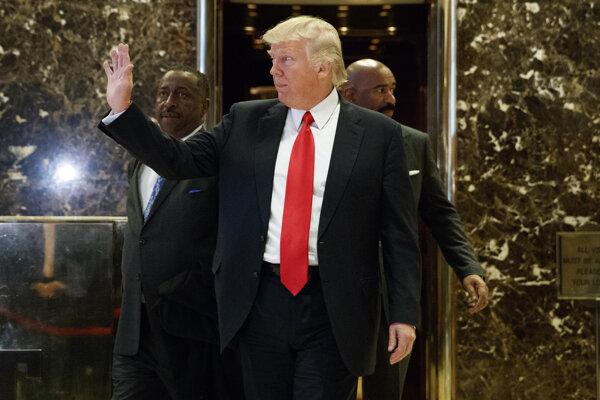 Trump nástupom do úradu prezidenta zamával aj svojej veži.