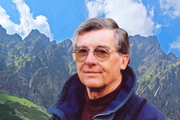Karol Demuth.