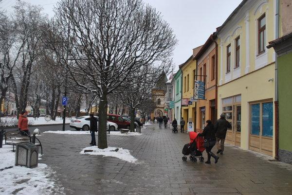 Centrum Sabinova. Obchodníci z neho sa obávajú nového obchodného domu.