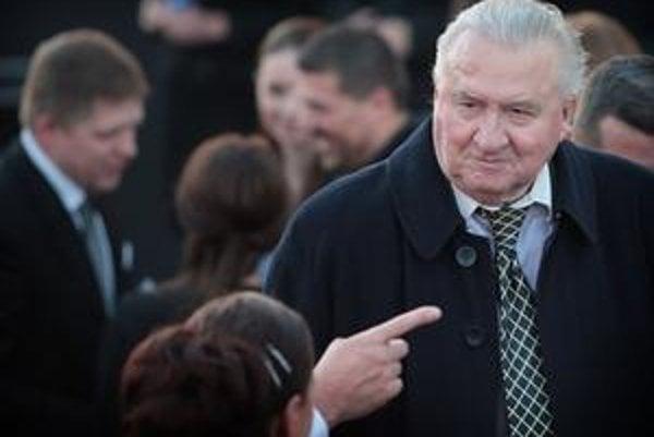 Michal Kováč stále žije aj spoločensky. Bol hosťom  odhalenia sochy Svätopluka na Hrade pred mesiacom.