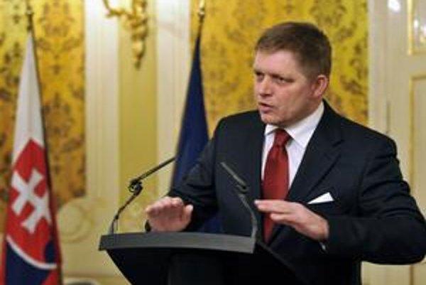 Premiér Robert Fico urobil rad ústupkov v súvislosti s elektronickým mýtom.