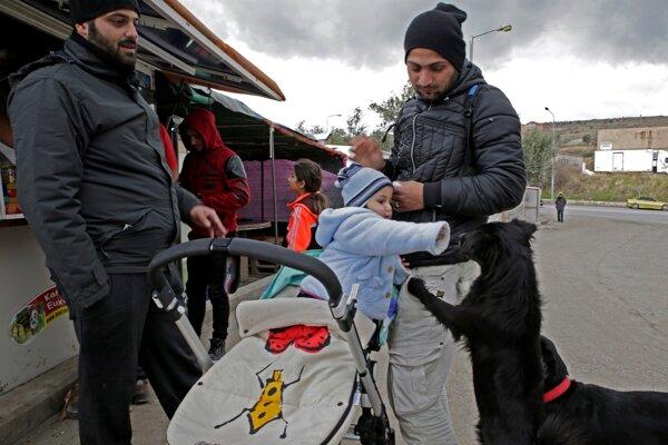 Utečenci mrznú v gréckych táboroch.