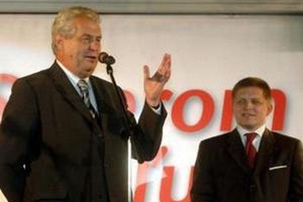 Predvolebný míting Smeru navštívil 10. júna 2006 v Prešove aj Miloš Zeman.