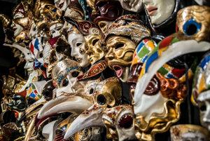 Benátske masky.