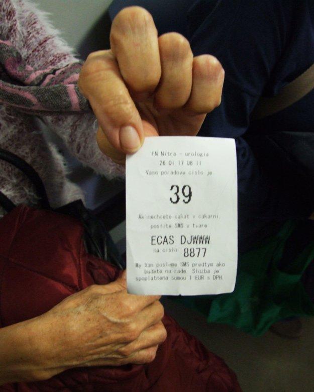 Pacient si sám vytlačí poradové číslo.