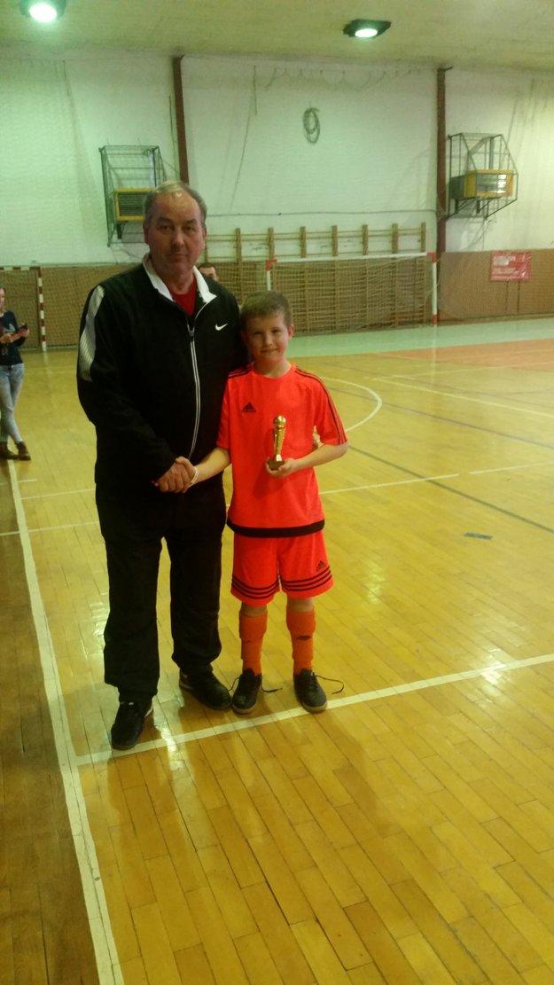 Najlepší strelec turnaja Samuel Hlísta z Drietomy. Strelil 16 gólov.