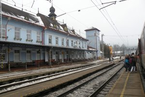 Železničnú stanicu vRužomberku chráni pamiatkový zákon, ale aj napriek tomu je vzlom stave.