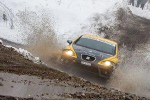 Atraktívne, ale náročné trate dali vnepríjemnom počasí zabrať. Rožňavský Kesko Racing mal zastúpenie vpodobe posádky František Fusko aŠtefan Tököli.