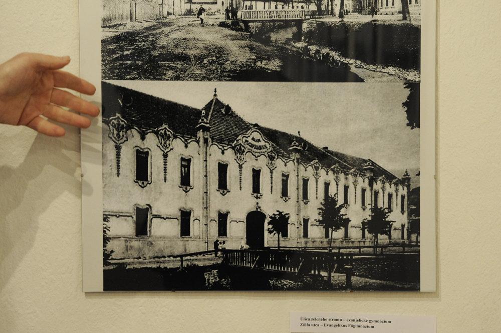 Snímka bývalého evanjelického gymnázia na Ulici zeleného stromu, neskôr budova ZŠ.