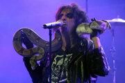 Alice Cooper počas koncertu