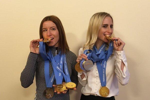 Chuť zlata. Henrieta Farkašová (vľavo) aNatália Šubrtová.