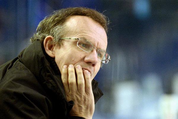 Július Pénzeš túži s Duklou postúpiť do play-off.