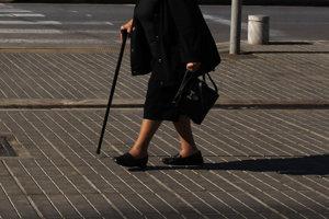 Počas víkendu prepadli v Leviciach dve seniorky.