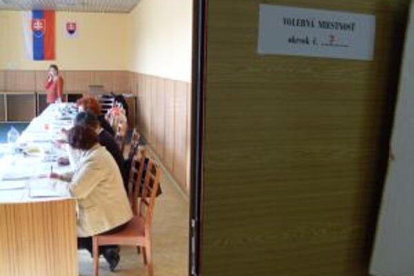 Volebná miestnosť v Turčianskych Tepliciach.
