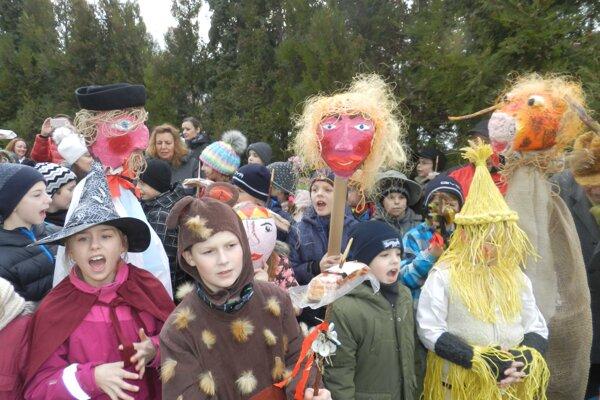 Z fašiangových tradícií sa tešili deti aj dospelí.