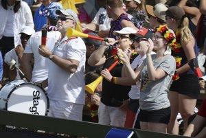 Nemeckí fanúšikovia si zápas užili aj napriek omylu.