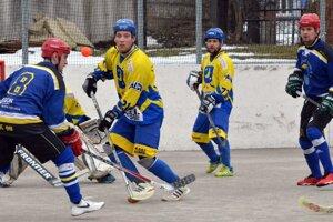 Hokejbalisti Diakovej sa po dvoch výhrach posunuli na siedme miesto tabuľky.