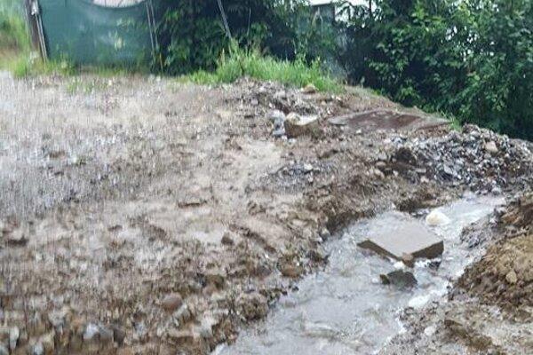Problémy so záplavami riešia aj vo Svrčinovci. Minulý rok tam obyvatelia spísali petíciu.