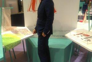 Erik Šimčisko na veľtrhu módy Premiére Vision v Paríži.