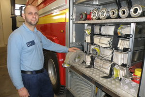 Róbert Rötling je profesionálny hasič, no pomáha ochotne aj mimo služby.