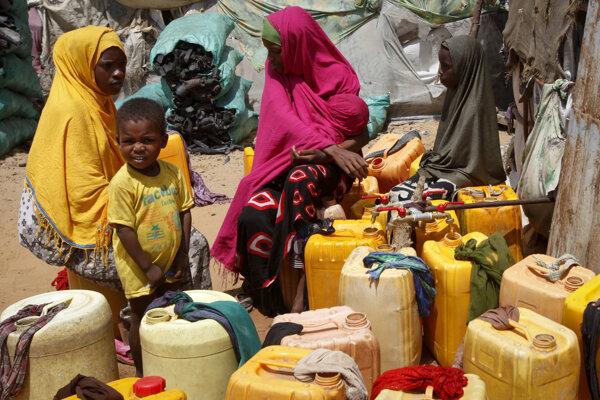 Somálčanov trápi sucho, najviac trpia deti.