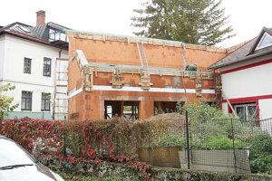 Minimálne pokuty za čiernu stavbu začínajú na Bielej Orave pri sto eurách.