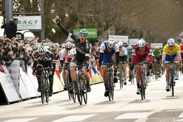 Bora, rovnako ako Bennet, sa tešila z prvého víťazstva na WorldTour.