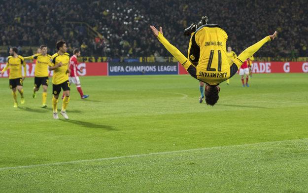 Pierre-Emerick Aubameyang oslavoval svoje góly tradične - saltom.