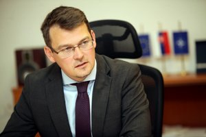 Štátny tajomník ministerstva obrany Róbert Ondrejcsák (Most).