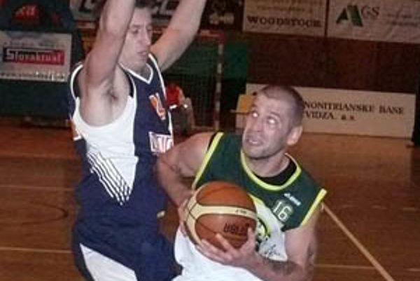 Pavel Bosák bol najlepším strelcom Prievidze v Nitre.
