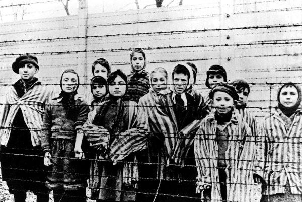 Židia v koncentračnom tábore Osvienčim