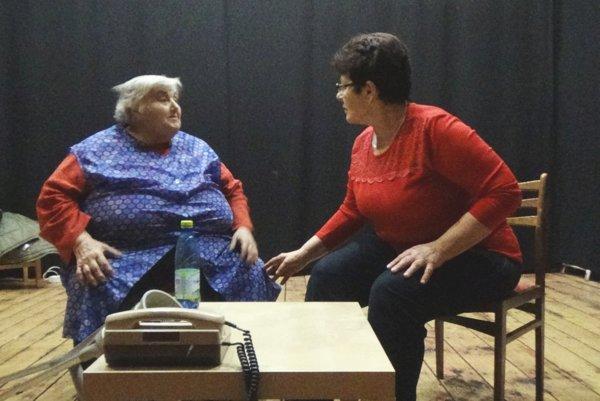 V najnovšej hre si zahrá aj najstaršia ochotníčka Divalla.