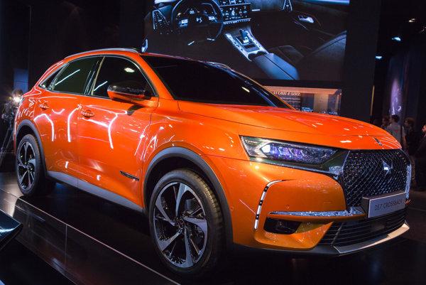 PSA chce v modeli DS 7 Crossback predstaviť nové asistenčné systémy, ktoré pomôžu pri úplnej autonómií vozidiel.