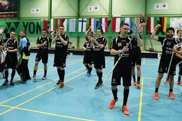 Florbalisti AS Trenčín sú na najlepšej ceste postúpiť do semifinále.
