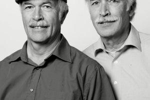 Kanadský fotograf sa vo svojej tvorbe dlhodobo zaoberá témou dvojníkov.
