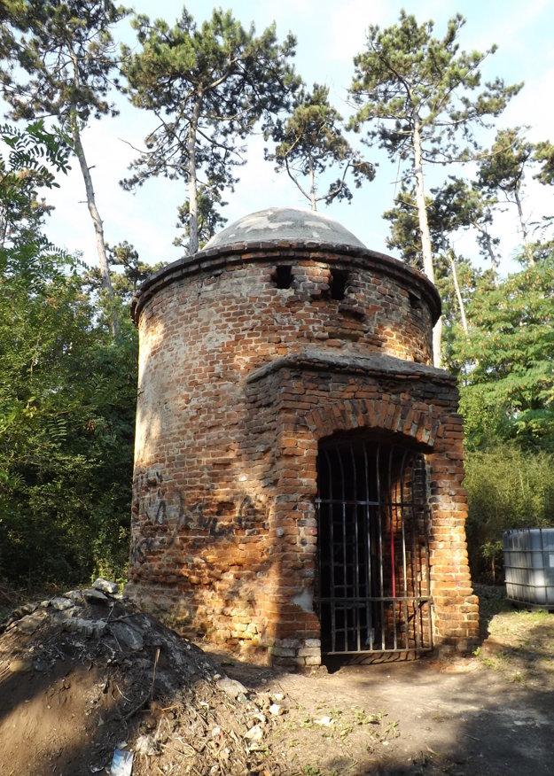 Veža je podľa výskumu mladšia, ako sa pôvodne predpokladalo.