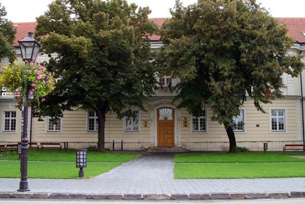 Fakulta zdravotníctva a sociálnej práce Trnavskej univerzity.