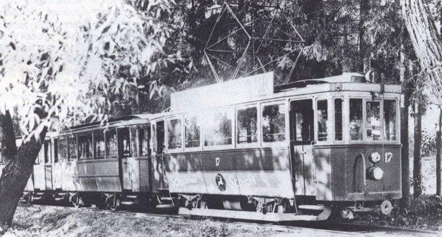 Električka na trati do Čermeľa.